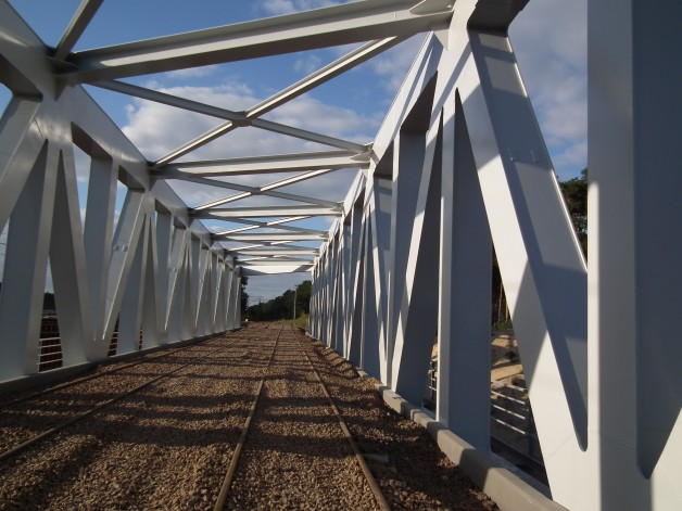 Consulting and advisory service – procurement and erection of the bridges steel structure.